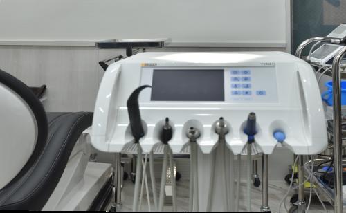 光学印象で患者さまに負担の少ない治療を行っています。